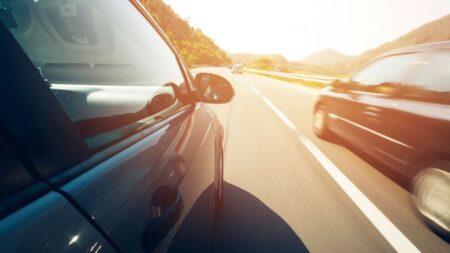 Di chuyển an toàn với những mẹo căn đường khi lái xe ô tô