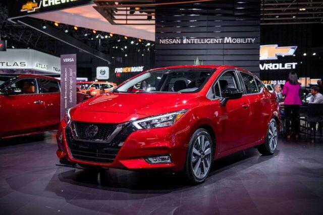 Ô tô 4,5 chỗ giá rẻ Nissan Sunny