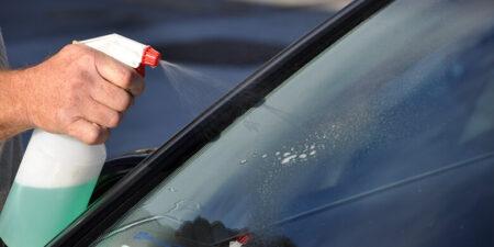 Hướng dẫn cách tự pha nước rửa kính ô tô tại nhà chuẩn nhất