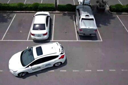 Hướng dẫn cách lùi xe vào chuồng an toàn, đơn giản nhất 2020