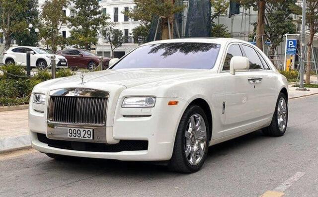 Ô tô Rolls Royce