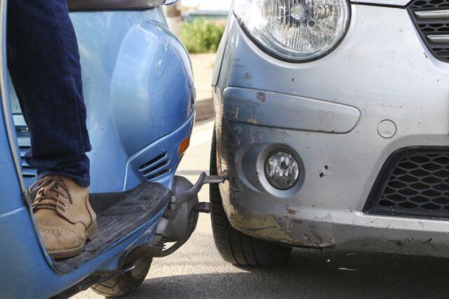 Cách xử lý khi xe bị trầy xước nặng