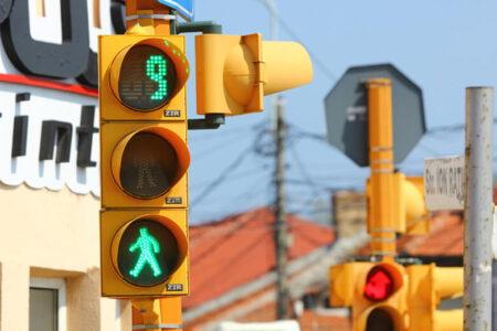 Đèn tín hiệu giao thông: Tất tần tật những điều cần biết