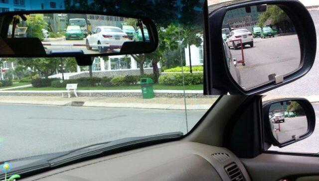 điểm mù trên ô tô