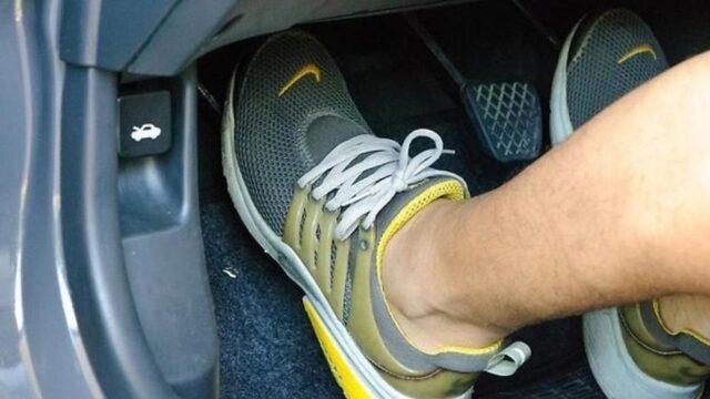 lái xe số sàn không bị giật