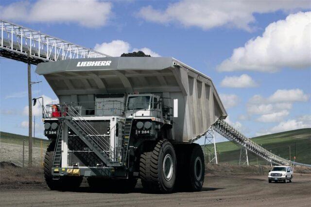 xe tải lớn nhất thế giới