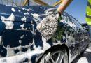 Muốn bền đẹp thì khi rửa xe ô tô tuyệt đối không nên làm những điều này