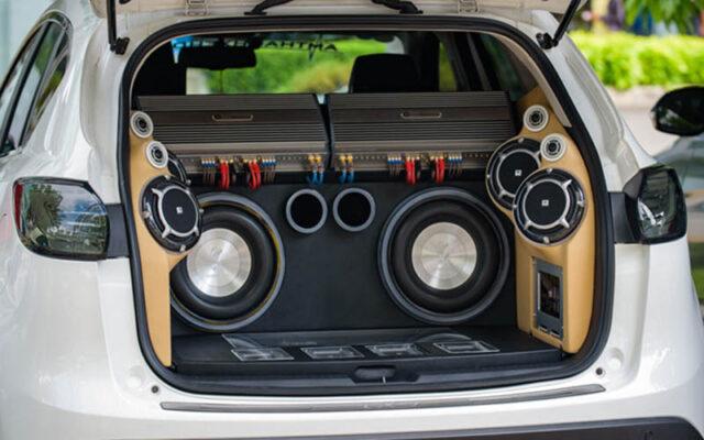 Hệ thống loa ô tô