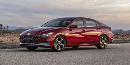 Những lỗi thường gặp khi mua xe Hyundai Elantra, Kia Cerato và Mazda 3