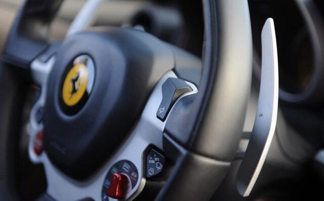 chức năng hỗ trợ lái xe an toàn