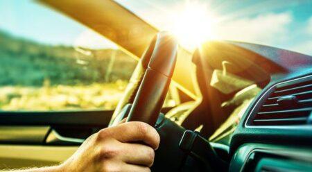 Lái xe vào mùa hè nên đặc biệt quan tâm đến các bộ phận này