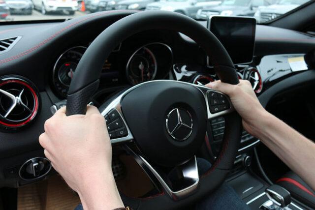 cách đánh lái và trả lái ô tô