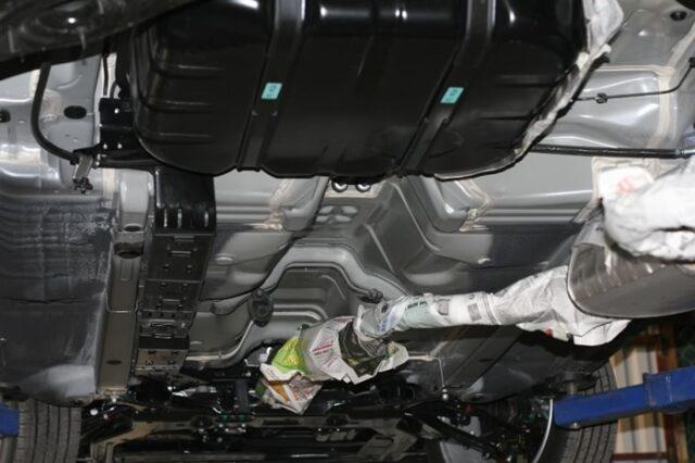 chống ồn ô tô bằng cao su non