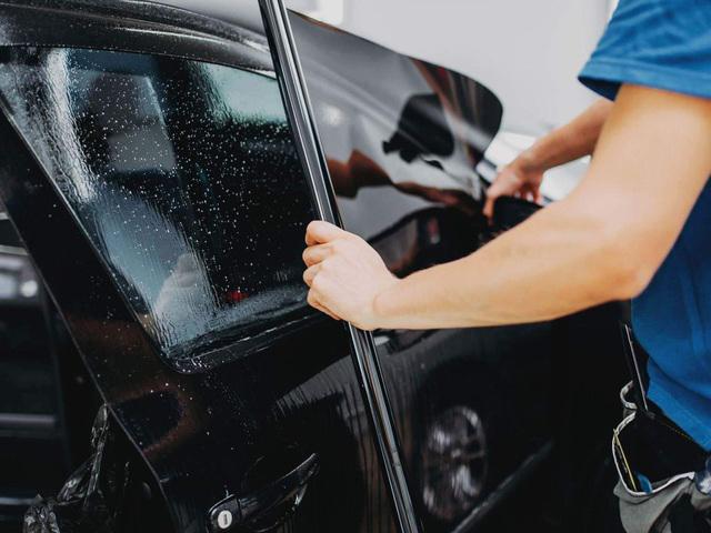 miếng chống nóng ô tô