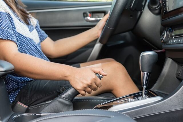 Kỹ thuật lái xe ô tô