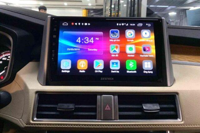 Lắp màn hình android ô tô có ảnh hưởng gì