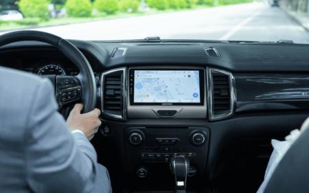 Lắp đặt màn hình ô tô cũ giá rẻ uy tín trên thị trường